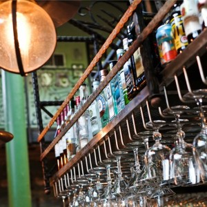 How to Get Your Bartending Resume into the Right Hands